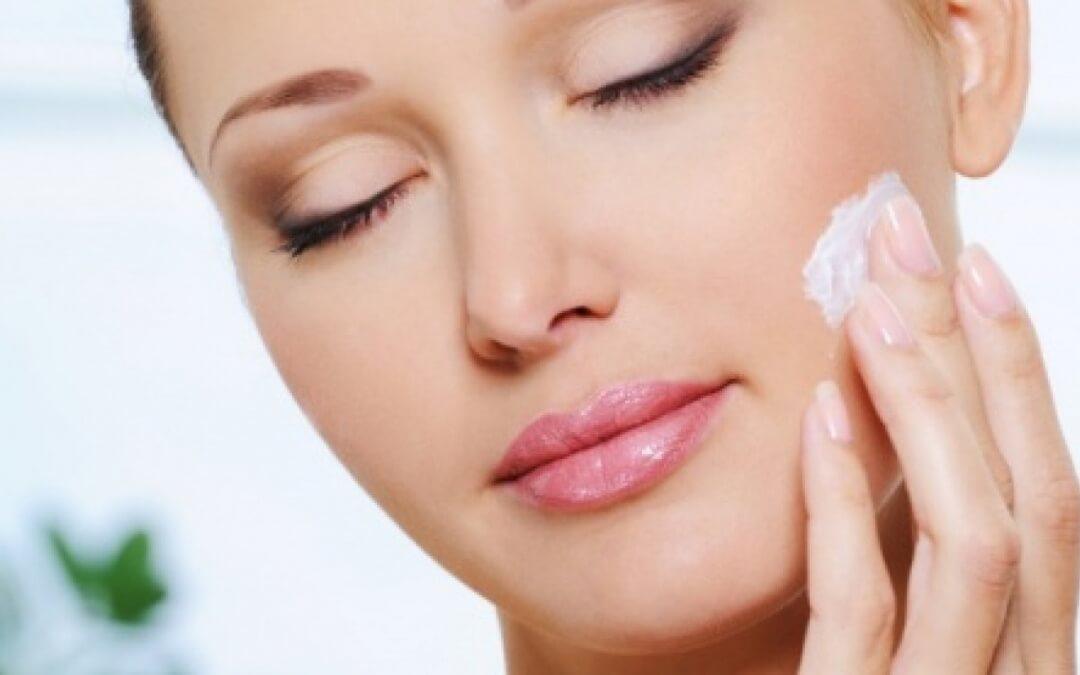 Consigli utili per un corretto uso dei cosmetici quotidiani